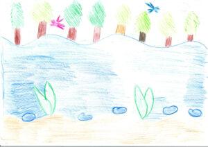 Zeichnung: Ein See am Waldrand, zwei Elfen fliegen über das Wasser